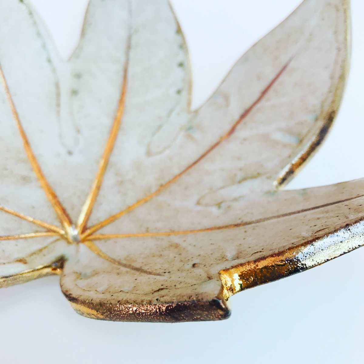 White Fatsia Trinket Dish Gold Edge Detail