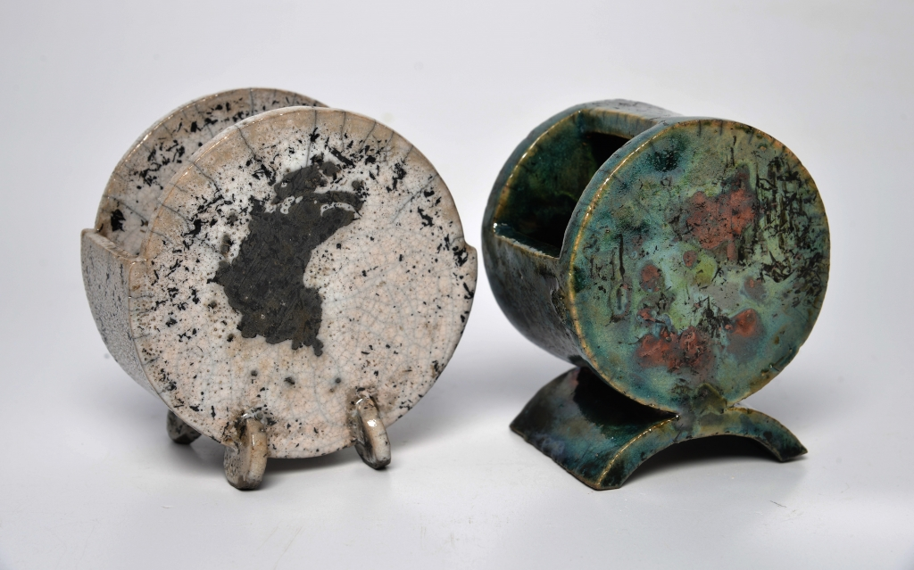 Dan Barton Disc Pots